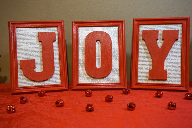 DIY Framed Christmas Decor