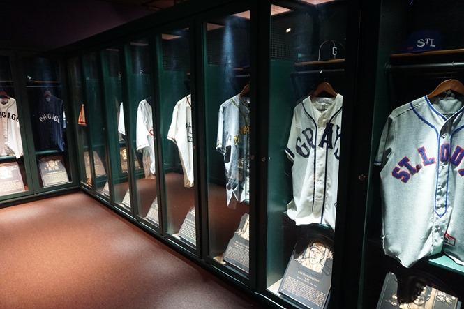 Mock locker room at the Negro Leagues Museum