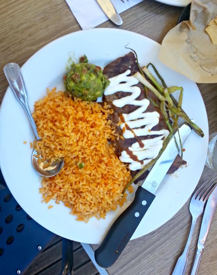 Lola's Mexican Cuisine Retro Row