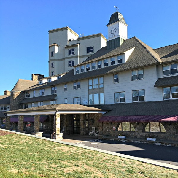 The main entrance to the Inn at Pocono Manor