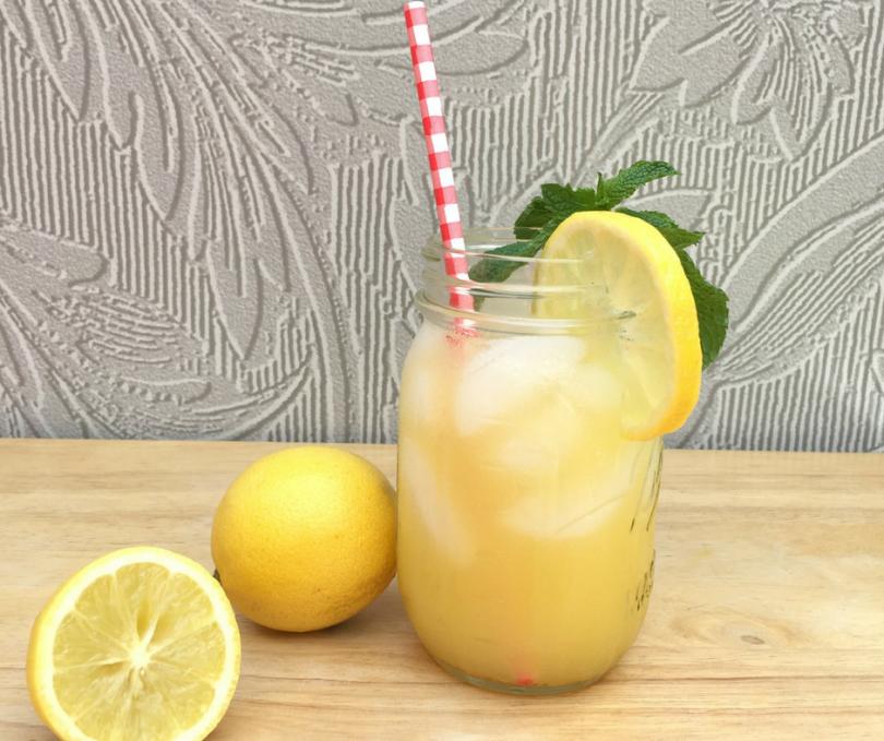 Sparkling Orange Lemonade Twist