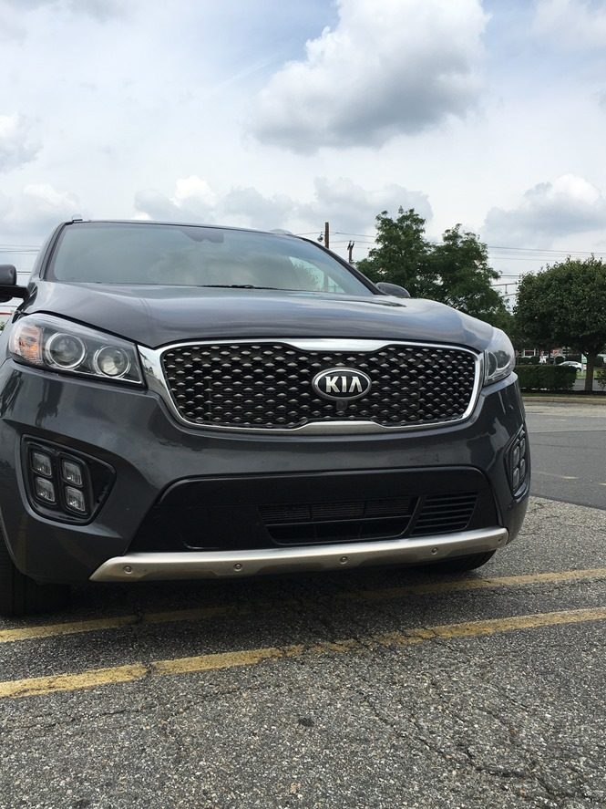 2017 kia sorento crossover vehicle