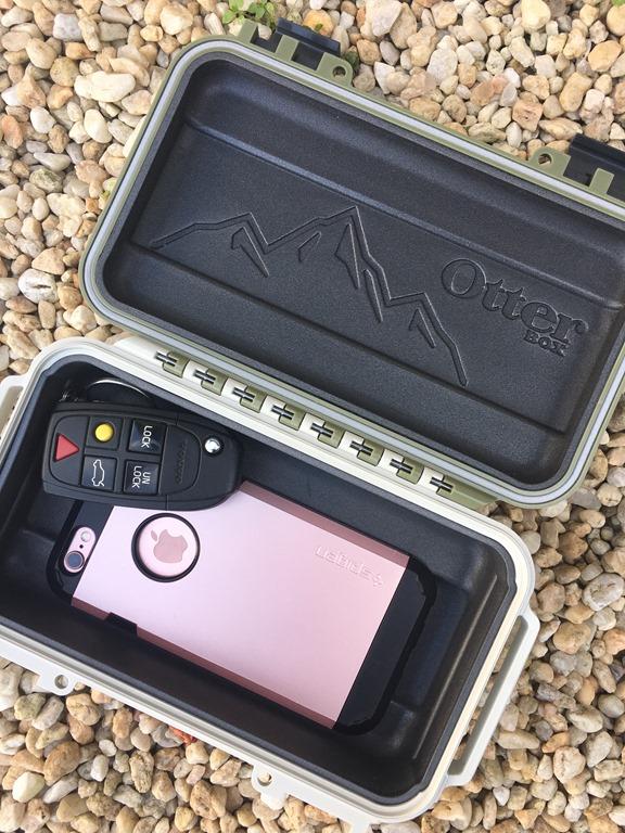OtterBox Drybox