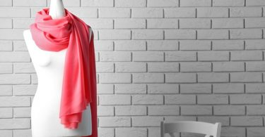 How To Make Money Selling Clothing Online - Use a mannequin when photographing your items.