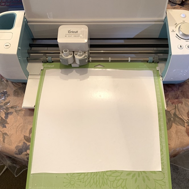 cutting diy design on vinyl cutting machine