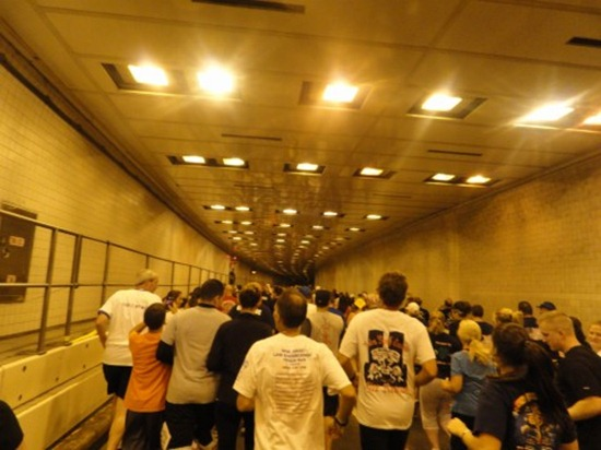 Running inside the Brooklyn Battery Tunnel for the Tunnel to Towers run