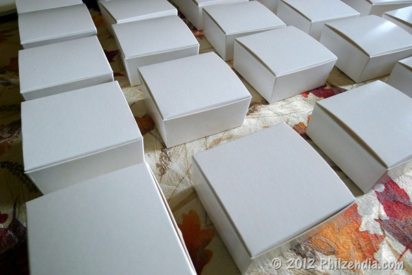 Small white truffle boxes