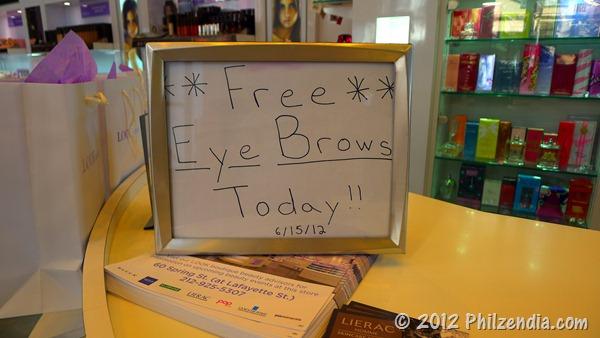 Free eyebrow intervention day at Duane Reade RAMY eyebrow bars