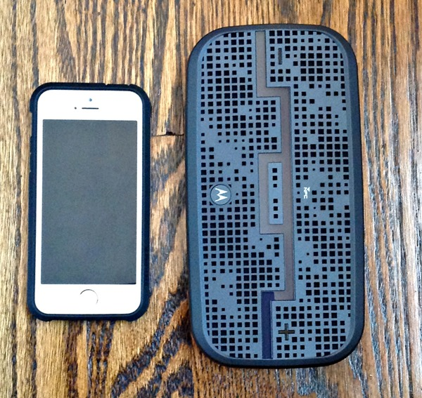 Size comparison of SOL Republic Deck Bluetooth speaker system vs iphone 5s